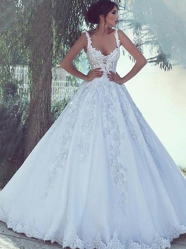 Floor-Length Ball Gown Spaghetti Straps Sleeveless Tulle Dresses