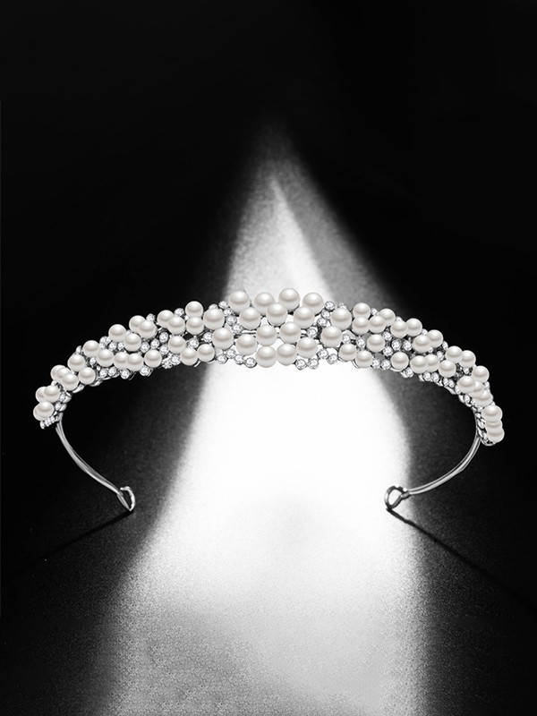 Exquisite Alloy Bridal With Pearl Headpieces