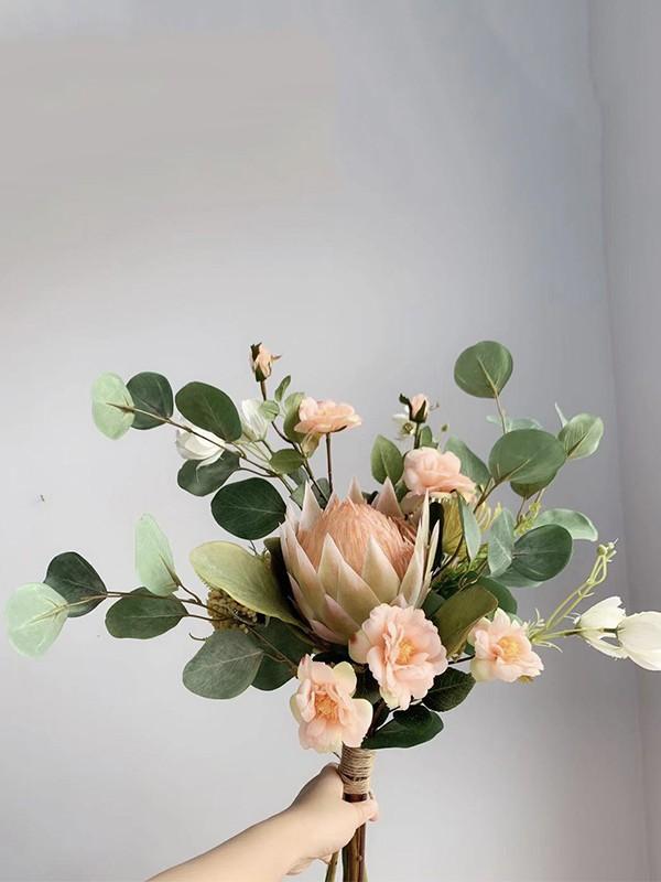 Fascinating Free-Form Silk/Cloth Bridal Bouquets