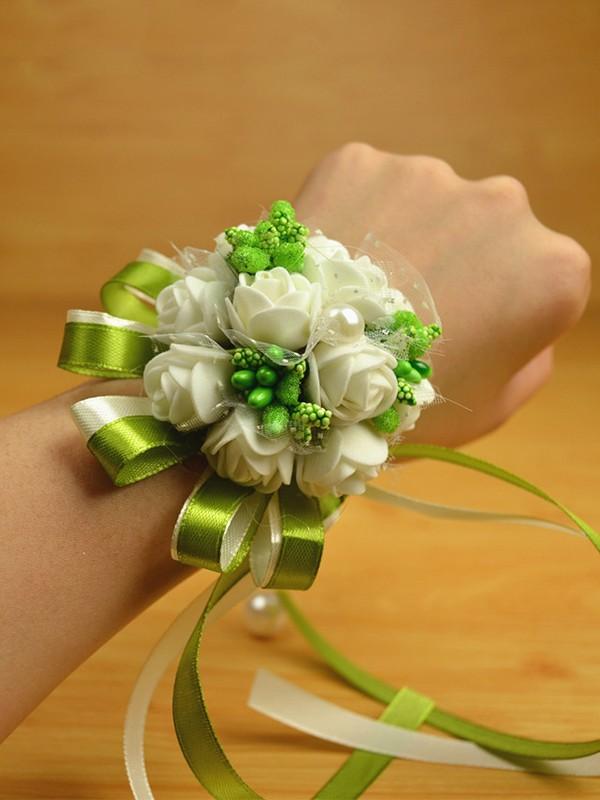 Sweet PE Wrist Corsage