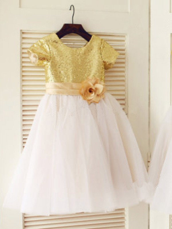 Knee-Length A-Line/Princess Scoop Short Sleeves Sequin Tulle Dresses