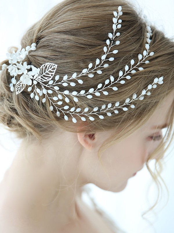 Awesome Alloy With Crystal Headpieces